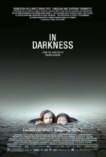 A város alatt (2011) online film