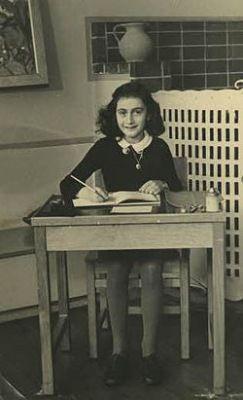 Anne Frank - A holokauszt szemtanúja (2014) online film