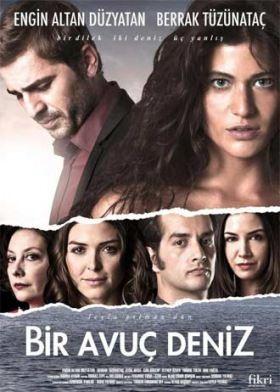Egy maréknyi tenger (2011) online film