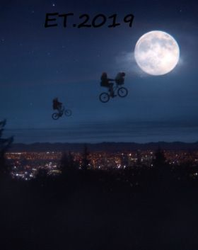 E.T. - A Holiday Reunion (2019) online film