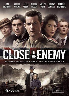Közel az ellenséghez 1. évad (2016) online sorozat