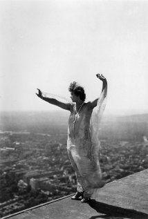 P�rizs alszik (1924)