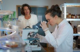 Rosamunde Pilcher - Gyanús gyógyászat (2019) online film